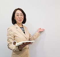 社会保険労務士・医療労務コンサルタント 中村美惠子